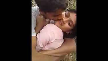 Indian girl doing sex for money in jungle
